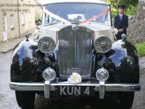 chevrolet-tourer-wedding-car6